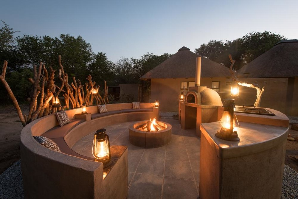 Travel_agency_based_in_South_Africa_Safaris_Sejour Activités_Kruger park_Panoramic route_Nelspruit_hoedspruit_bush_baby_river_lodge6.jpg