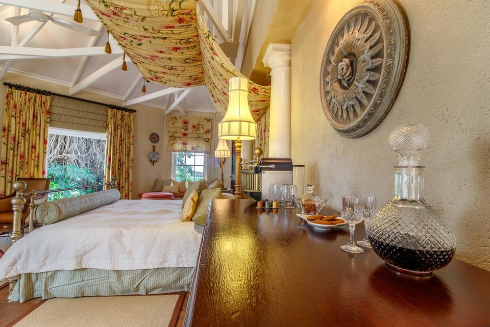 Travel_agency_based_in_South_Africa_Safaris_Sejour Activités_Kruger park_Panoramic route_la_kruger_national_parc_hazy_view_blue_mountain_luxury_lodge6.jpg