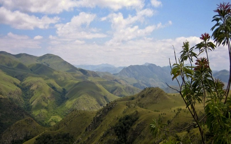 Swaziland-Lubombo-Mountains.jpg