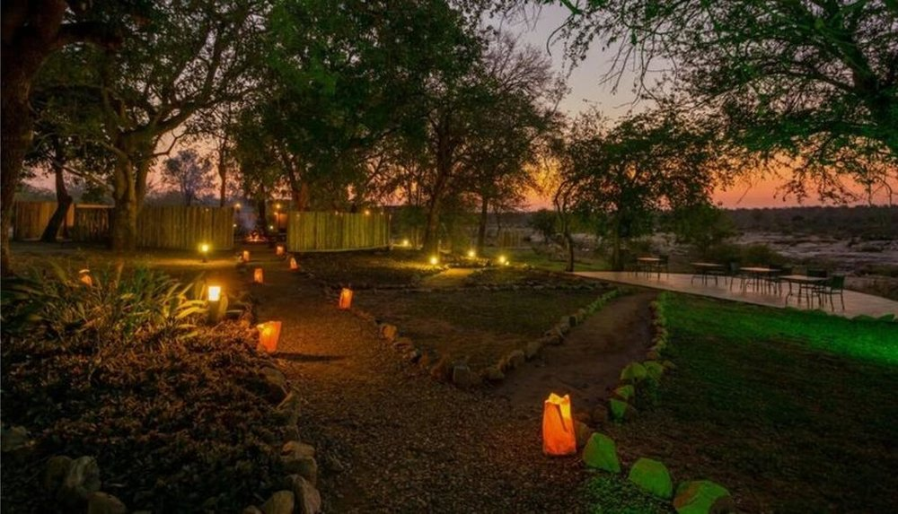 Agence de voyages basée en Afrique. Circuits et Safaris en Afrique. Loges pour les familles et les couples._le_parc_national_kruger_Mjejane_River_Lodge2.jpg