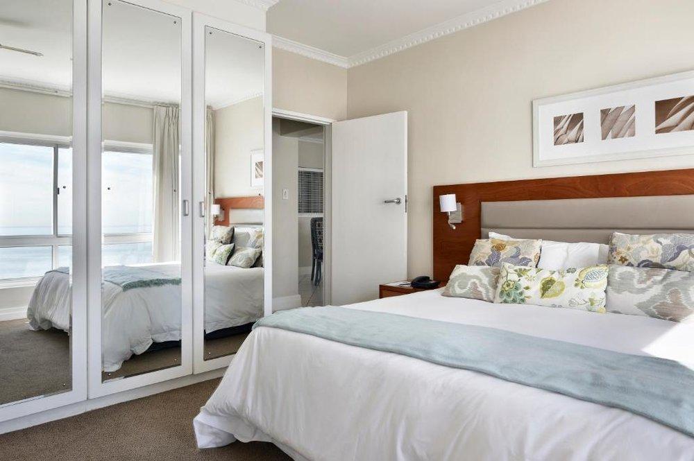 Agence de voyages basée en Afrique. Circuits et Safaris en Afrique. Loges pour les familles et les couples._le_cap_The_Penisnusla All Suite Hotel6.jpg