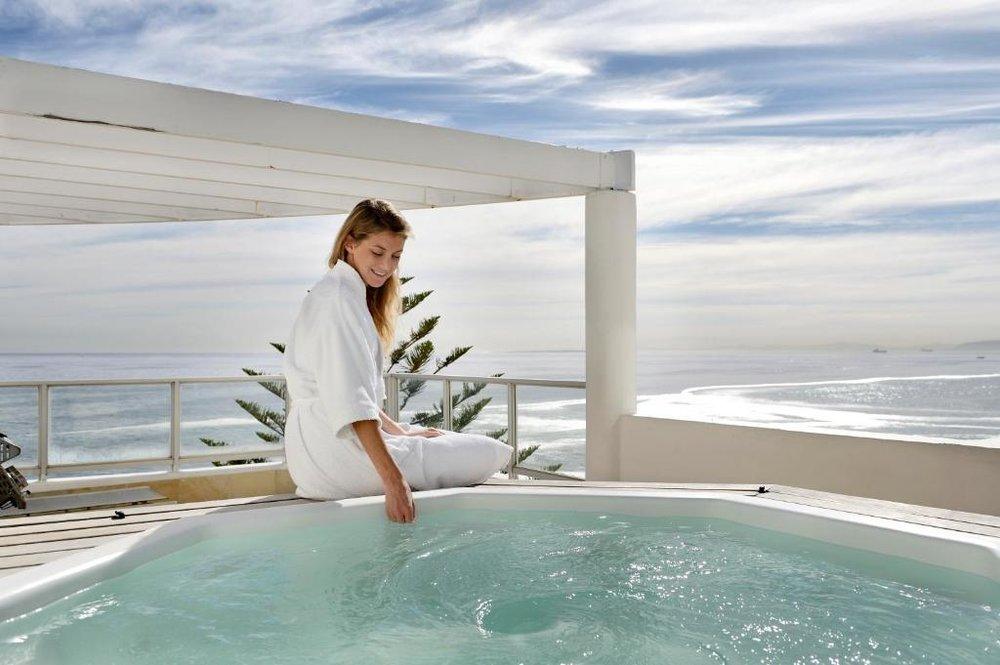 Agence de voyages basée en Afrique. Circuits et Safaris en Afrique. Loges pour les familles et les couples._le_cap_The_Penisnusla All Suite Hotel4.jpg
