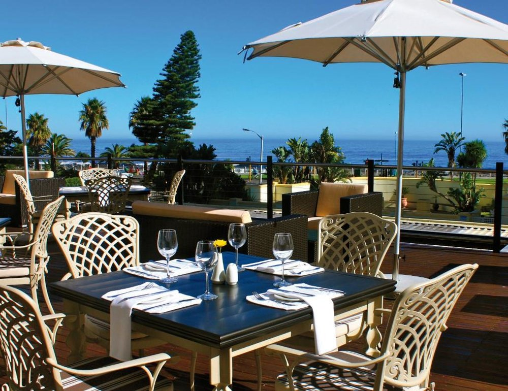 Agence de voyages basée en Afrique. Circuits et Safaris en Afrique. Loges pour les familles et les couples._le_cap_Premier hotel_Cape Town5.jpg