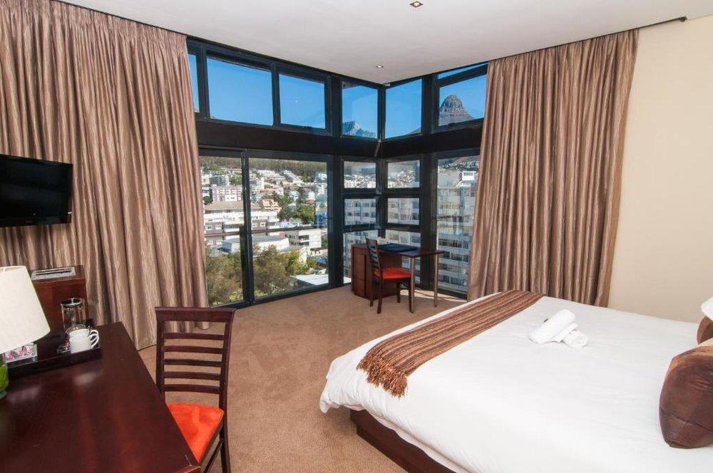 Agence de voyages basée en Afrique. Circuits et Safaris en Afrique. Loges pour les familles et les couples._le_cap_Premier hotel_Cape Town4.jpg