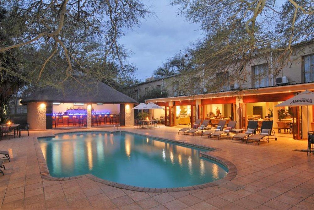 Agence locale pour Circuits, safaris et destinations en Afrique. Nous répondons à votre budget et vos besoins. Safaris en famille et visites guidées_Ane_hluhluwe hotel2.jpg