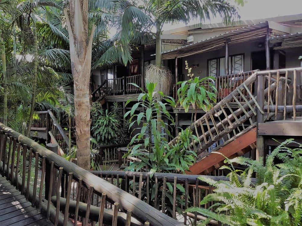 Agence de voyages basée en Afrique. Circuits et Safaris en Afrique. Loges pour les familles et les couples. St Lucia_umliloLodge8.jpg