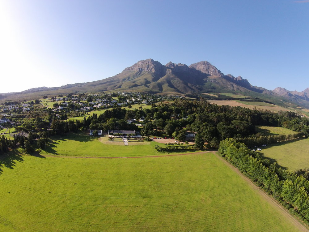 Helderberg,_Somerset_West,_South_Africa.JPG