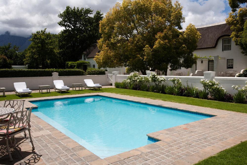 Agence_de_voyages_basée_en_Afrique_Tours_et_voyage_à_Cape_Town_et_les_vignobles_Voyage_de_noces avec_CapOuPasCap_Voyage_Winelands_Somerset West_Erinvale hotel7.jpg