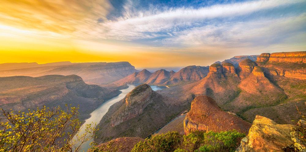 three-rondavels-south-africa_l.jpeg