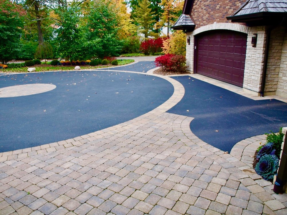 Driveway Paving & Installation <strong> Driveways, Sidewalks, & Permeable Pavements</strong><a href=driveway-paving-permeable-pavement-installation>More</a>
