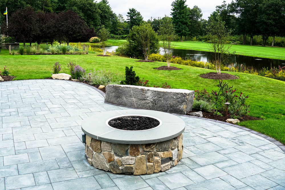 Natural Stone Masonry and Concrete Pavers<strong> Natural stone walls, walkways, stairways, & accents.</strong><a href=/stone-masonry-and-hardscaping-portsmouth-nh>More</a>