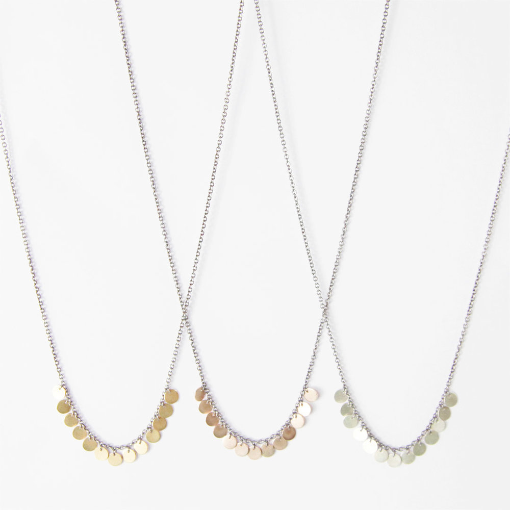 Set of three matching necklaces in 9ct white, rose and yellow gold.