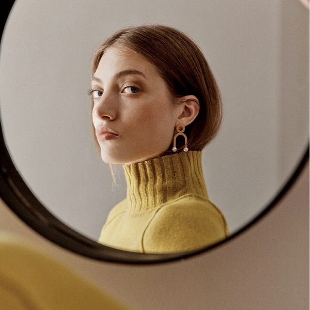 Super excited to have one our recent bespoke creations featured in the the latest edition of the brilliant new Bath magazine @circusjournal ✨Volume 2 - out today! ✨ ~ ~ #📸by @dunjaopalko  Art direction @katemonumentdesign  Styling @rachel_p_blake ~ #earrings #statementpiece #modernist #bespokejewellery #bespokedesign #jeweleryblogger #fashionblogger #unique #comission #remodel #pearls #futureheirlooms #oldgold #oneofakind #oldtonew #goldearrings #jewellery #jewellerydesigner #goldsmith