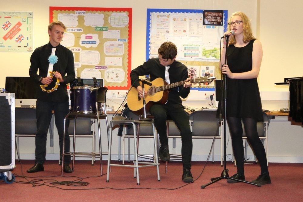 GCSE Music - Upper school lunch / 223 / M Grimes / Music