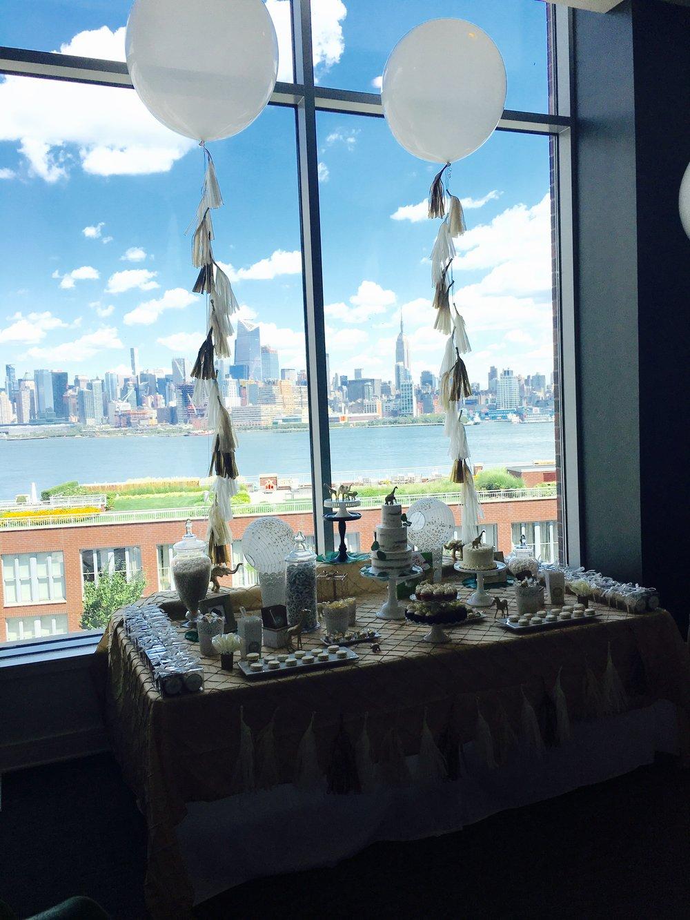 The Sweet Safari dessert table