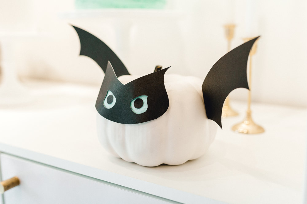 Bat pumpkin craft