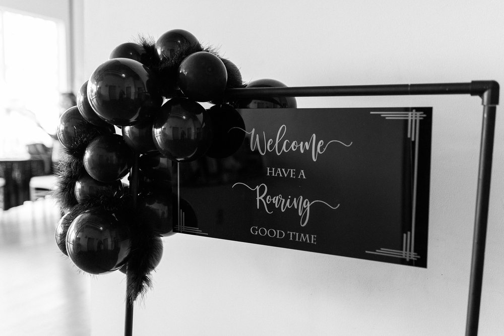 Welcome Sign and Balloon garland by Popseri