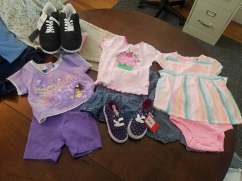 Clothing and shoes for Dalia and Nadia