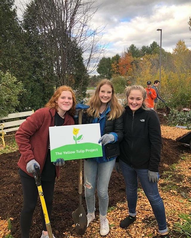 Another hope garden has been planted, this time at Falmouth High School! We are so thankful to all the amazing high school students who have been rallying their administrations and peers together in efforts of building a safer school. Do you want to bring YTP's message of hope to your school? Contact us!💛🌷 #TheYellowTulipProject