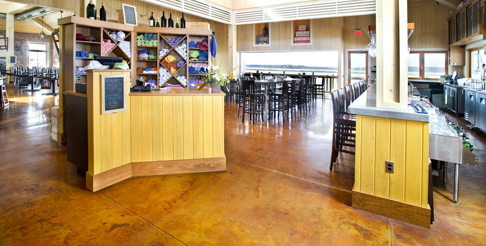 Bridges restaurant - Stained Concrete