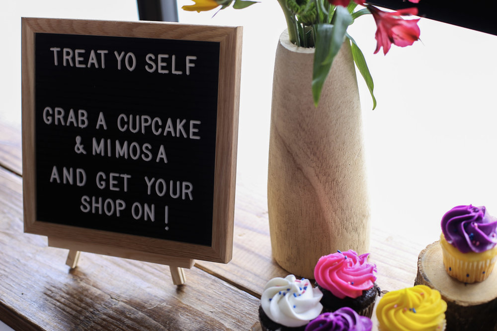 Mimosas and cupcakes provided by Vinnie Louise at our pop-up shop!