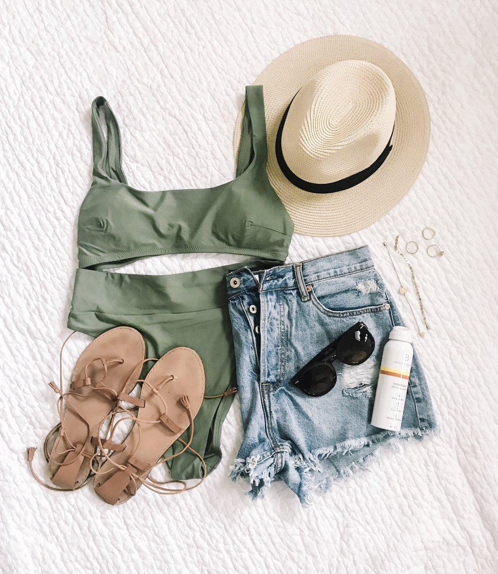 Spring Break Packing List: What to Pack for a Warm Weather Getaway