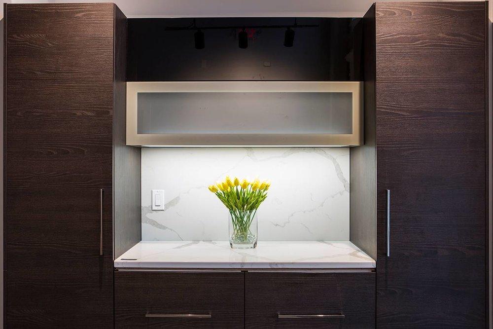 greenwich-cabinet-bauformat-bar-1290w-860T-scale.jpg