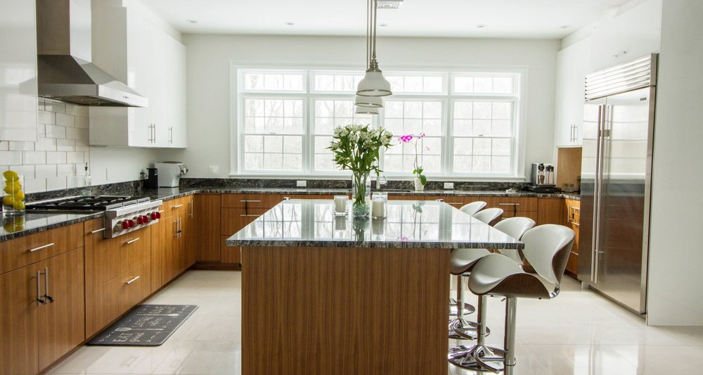 Modern white and walnut european style kitchen Greenwich CT, Curry & Kingston Cabinetry