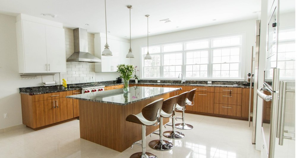 Bright and light modern european kitchen white lacquer and walnut, Greenwich CT - Curry & Kingston Cabinetry