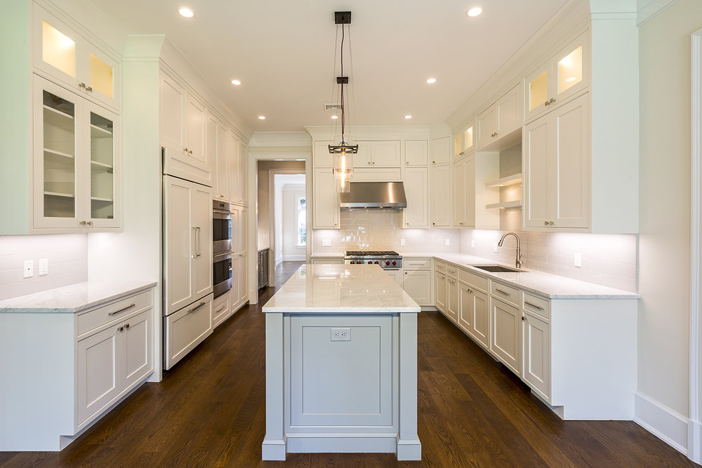 Transitional inset shaker style kitchen in Greenwich, CT - Curry & Kingston Cabinetry