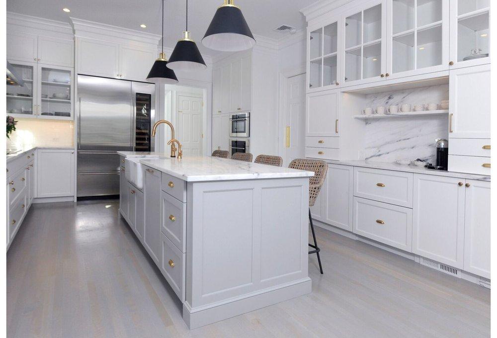 kitchen-gray-island-greenwich-1_preview.jpeg