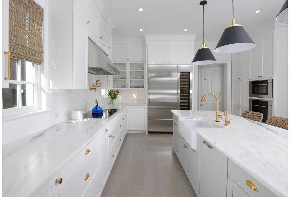 kitchen-gray-island-greenwich-8_preview.jpeg