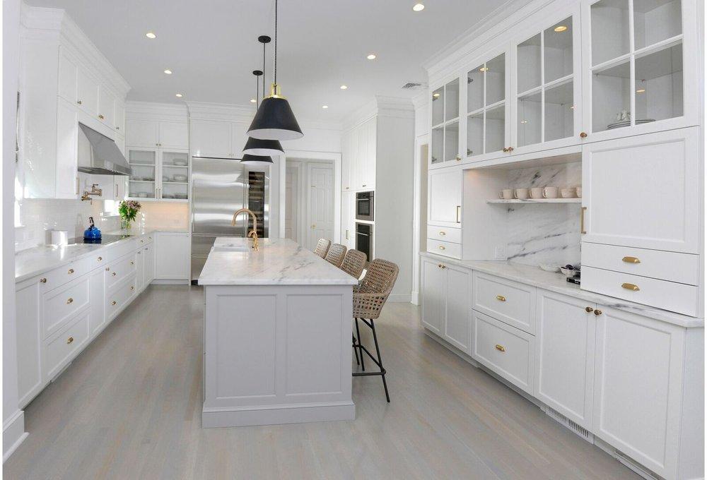 kitchen-gray-island-greenwich-12_preview.jpeg