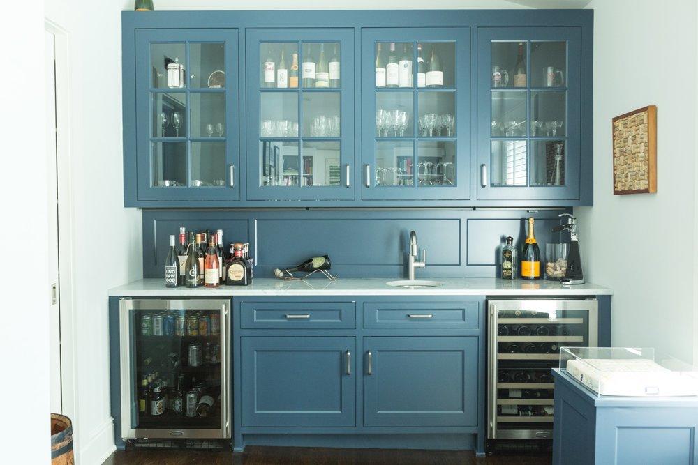 blue-bar-built-in-riverside.jpg