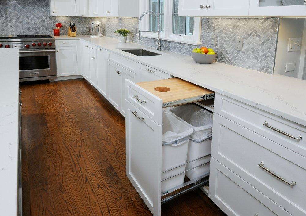custom_cuttingboard_white_kitchen.jpg