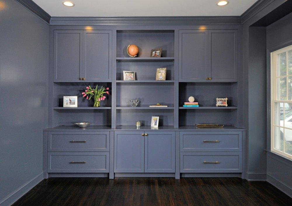 blue_built_in_office.jpg