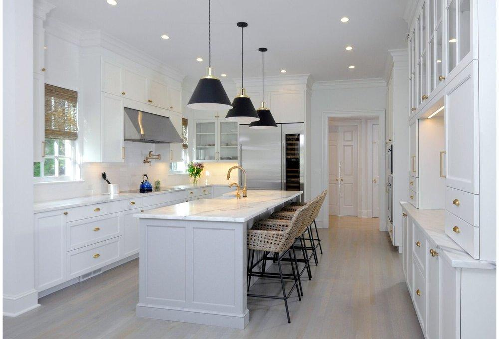 kitchen-gray-island-greenwich-11_preview.jpeg