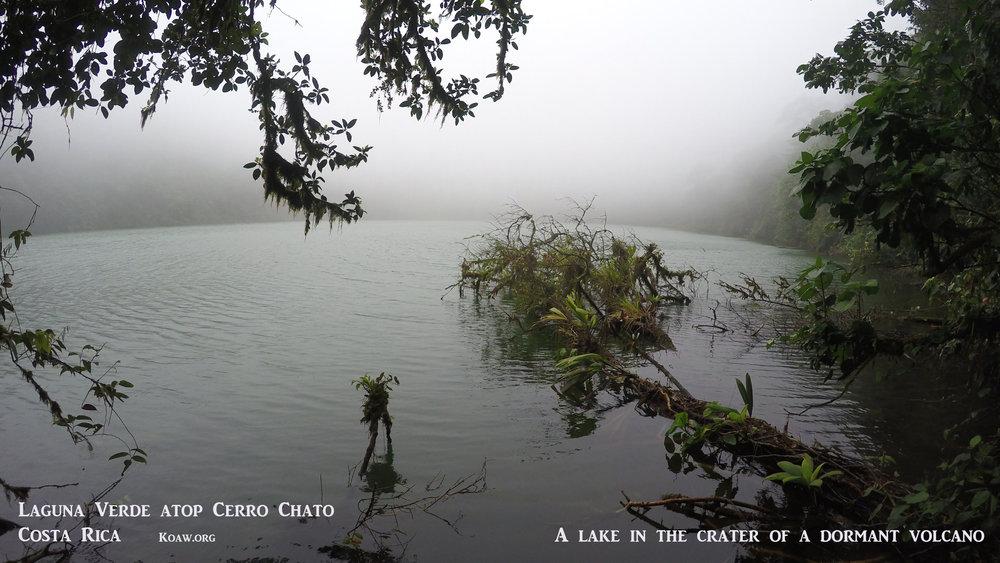 Laguna Verde, Cerro Chato Costa Rica