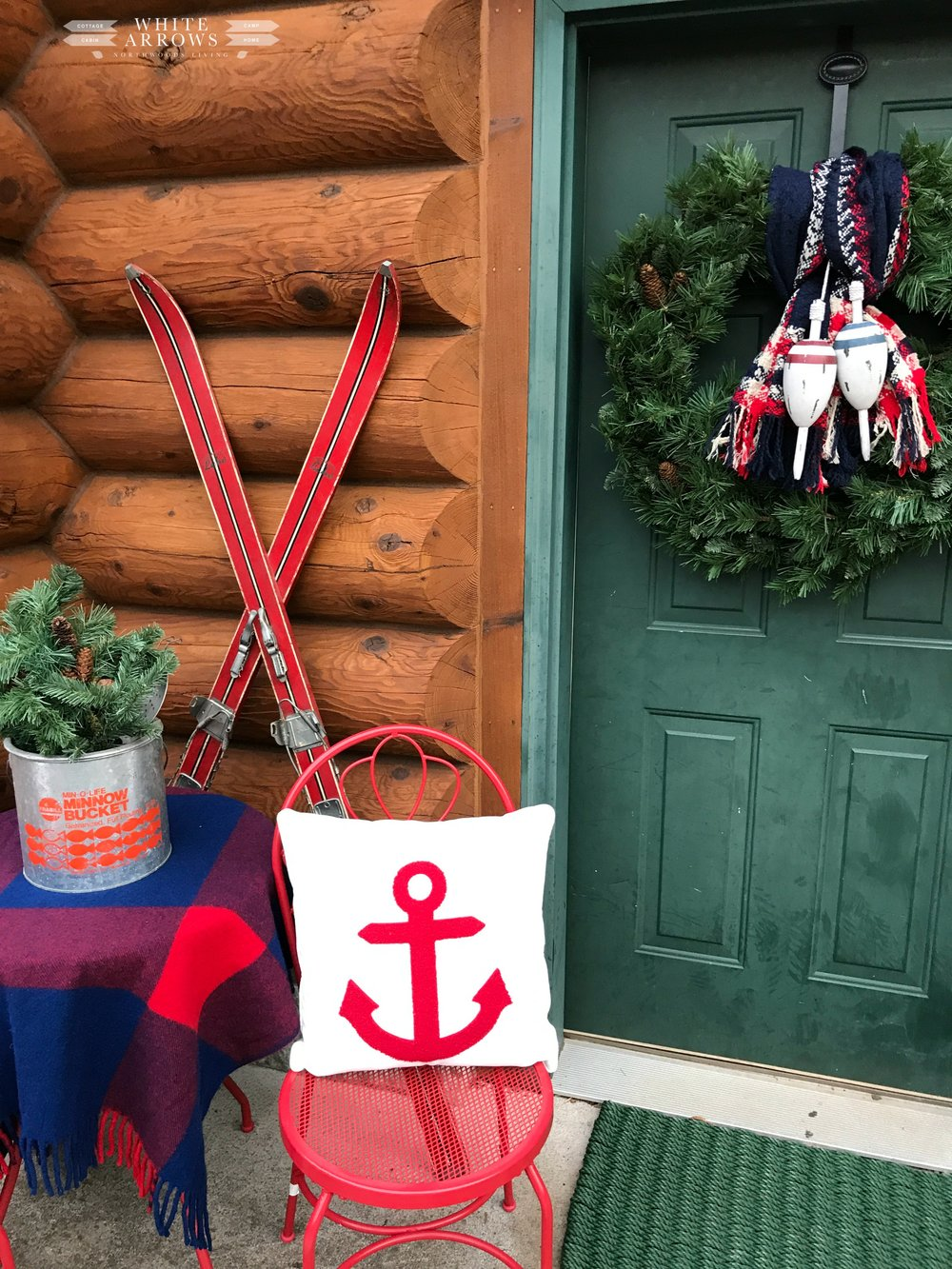 Lake House Holiday, Boathouse wreath on door