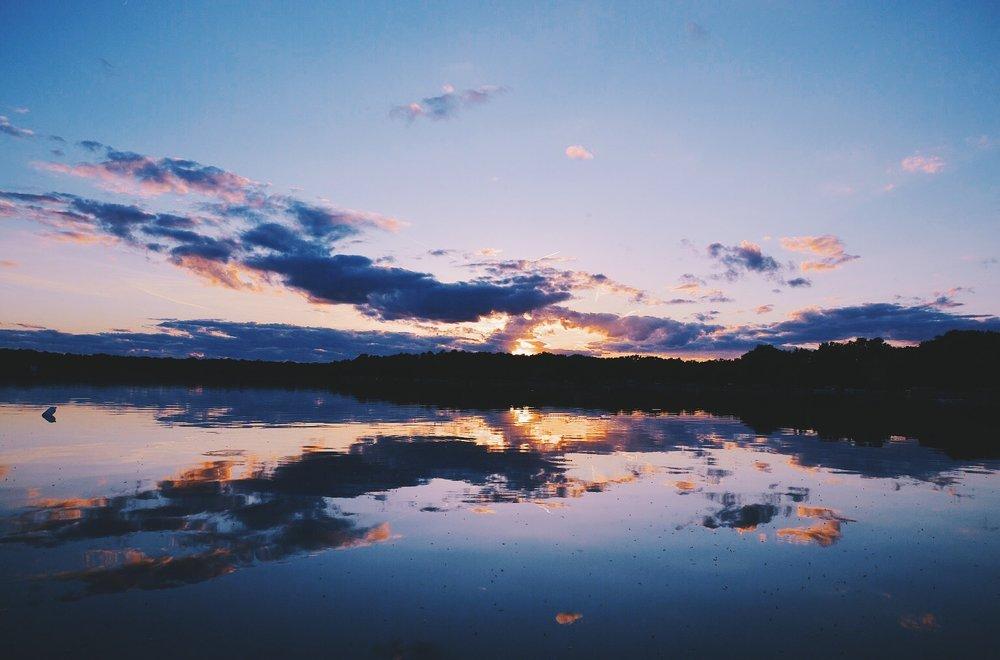 sunset over lake hartland wisconsin