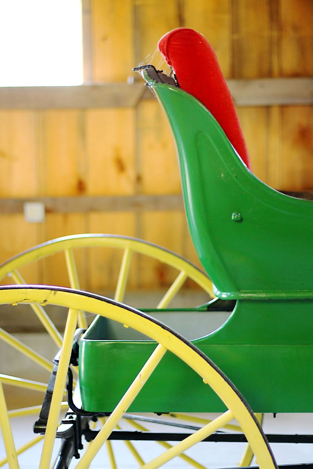old green and yellow carriage