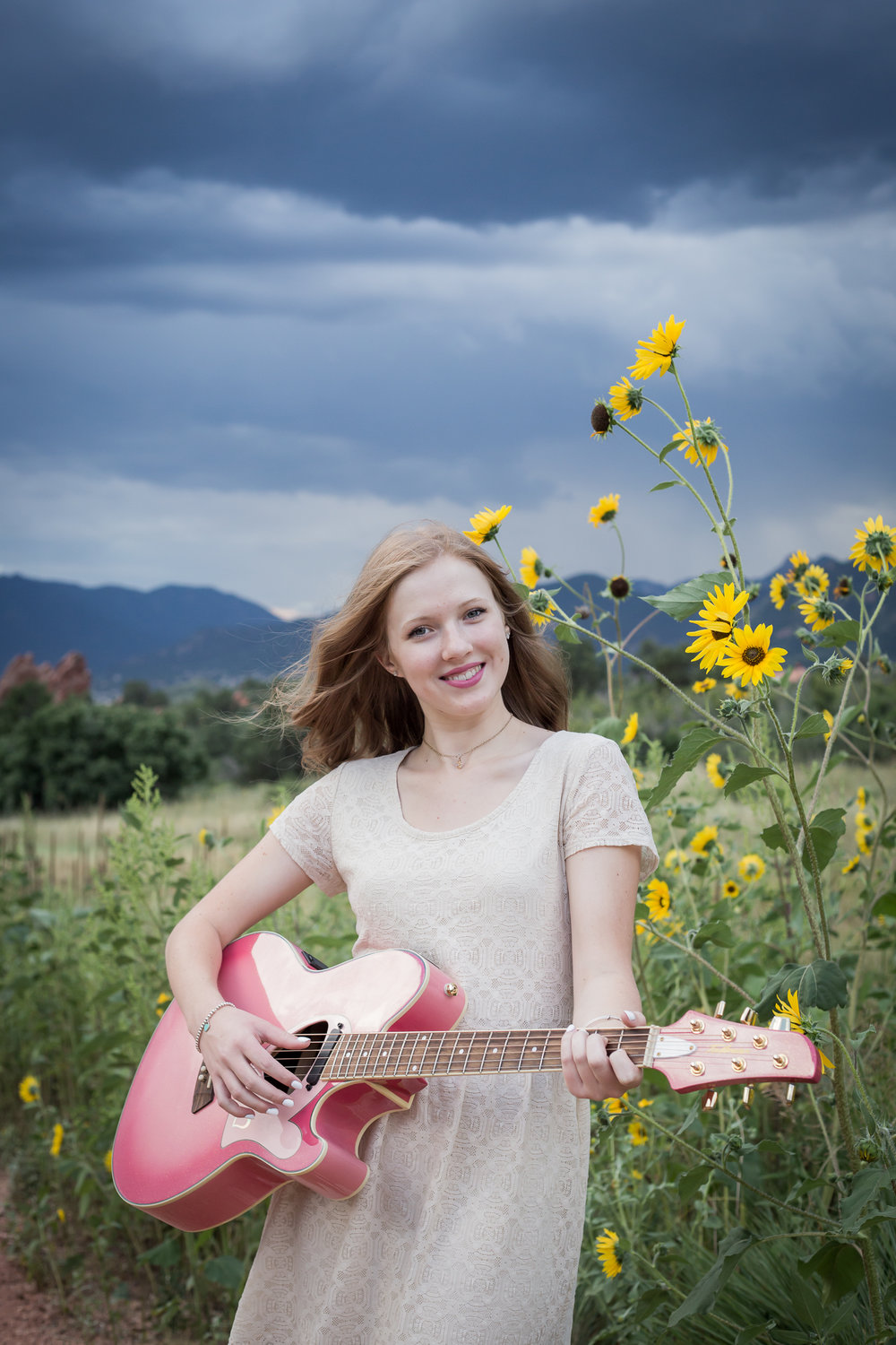 Colorado Springs Garden of the Gods Park Senior Portrait Session | Stacy Carosa Photography | Colorado Springs High School Senior Portrait Photographer