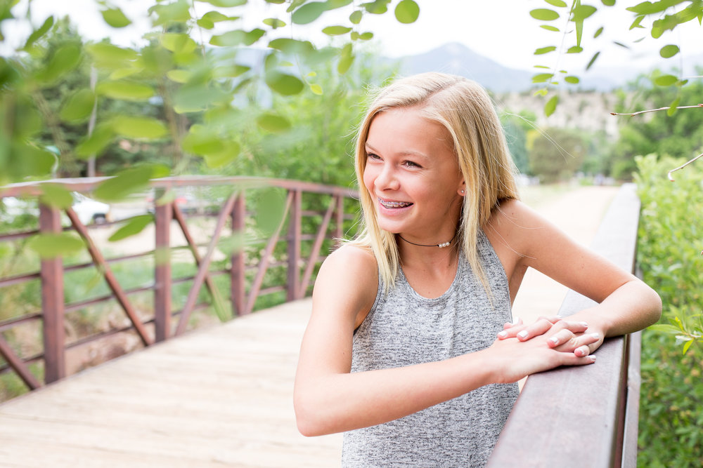 Colorado Springs Senior and Tween Photographer | Colorado  Springs Tween and Senior Photography | Stacy Carosa Photography | Middle School friends photo session