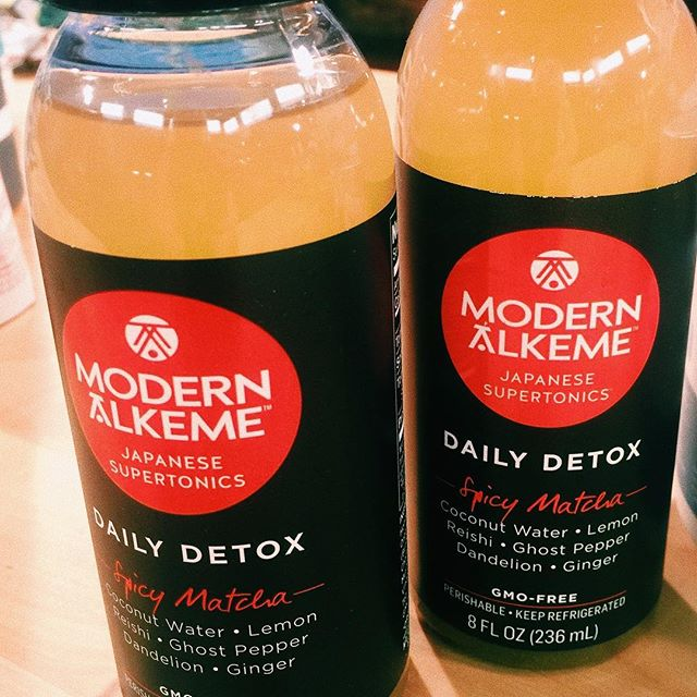@modernalkeme : A clearing tonic and everyday detox for everyday life. It packs 13 of earths most potent detoxifiers into one little black bottle to help free your body of unwanted toxins that build up everyday.  A modern-day remix of a time-tested ancient Japanese elixir that's been around for generations including ceremonial grade matcha green tea, honey to prep the body for clearing by stimulating blood flow, lemon juice & rind, coconut vinegar to target toxins and so many more ingredients that will restore, rehydrate and boost the immune systen. #modernalkemy #matcha #rehydrate #restore #targettoxins #detox #greentea #honey #coconuts #vinegar #elixir #healthydrinks #health #immunesystem
