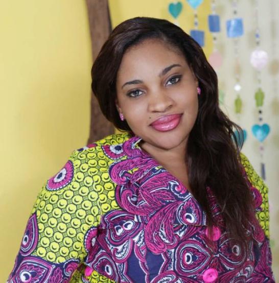 Malika Diallo  Entrepreneure sociale, Fondatrice et Présidente de EVIE, Abidjan, Côte d'Ivoire  J'ai eu la chance de rencontrer la Présidente de MUNTU à Abidjan. Depuis, elle m'offre du soutien, des conseilles et me met en contact avec des acteurs clés qui sauront m'aider à mieux supporter les enfants vivants avec l'ulcère de burudi