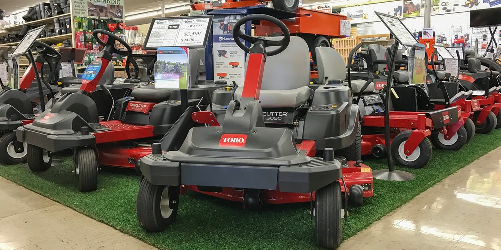 •The Toro TimeCutter Series is true to it's name. These units are great for cutting back on mowing time. -