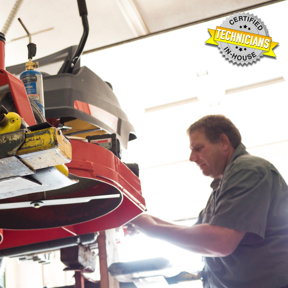 Service Department - Professional servicing is just a call away with our team of in-house certified technicians. Over a decade of combined experience and commitment to excellence ensures first-class servicing, while streamlined processes secure efficiency.