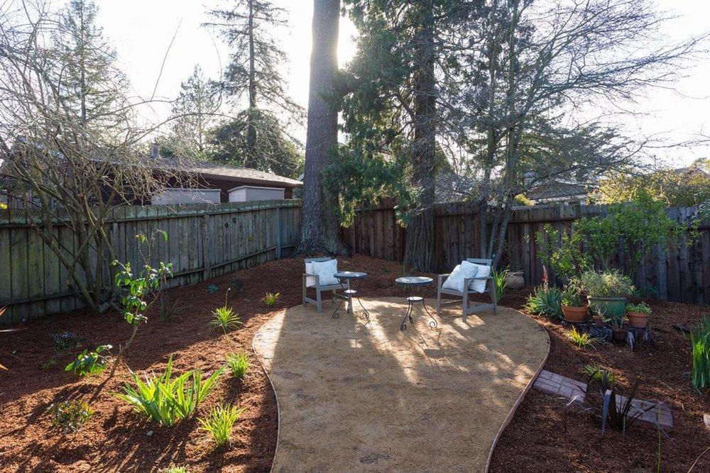 5847 rear yard trees.jpg