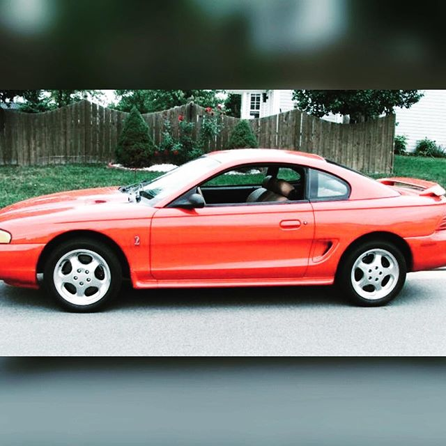 23 years ago today, this gorgeous machine was waiting for me in the driveway... then, I was handed the payment book 🙈😂 . . I think it was a defining moment for me. My brothers, being younger, both got hand-me-down cars, and never had to learn to juggle and excel simultaneously. Was it fair? No. Were my parents sadists? YES. Did I keep working? Always. And I turned out the most successful, so there's that 😂 #95mustang #mustang #firstcar #riored #MustangJenni
