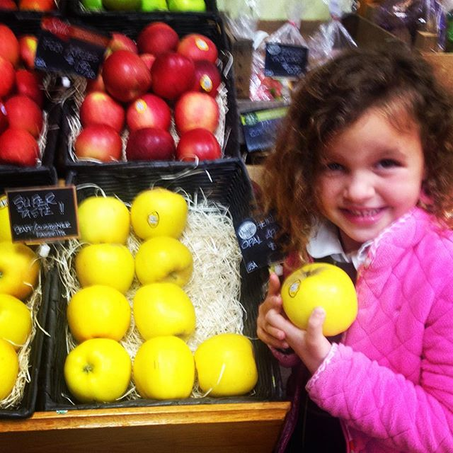 Organic Opal Apples? Yes please! #BuyLocal #Organic